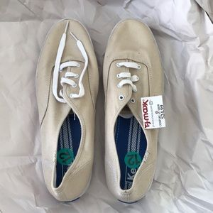 Brand New Beige Keds Shows (Size 12)